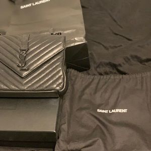 Saint Laurent Monogram College Classic